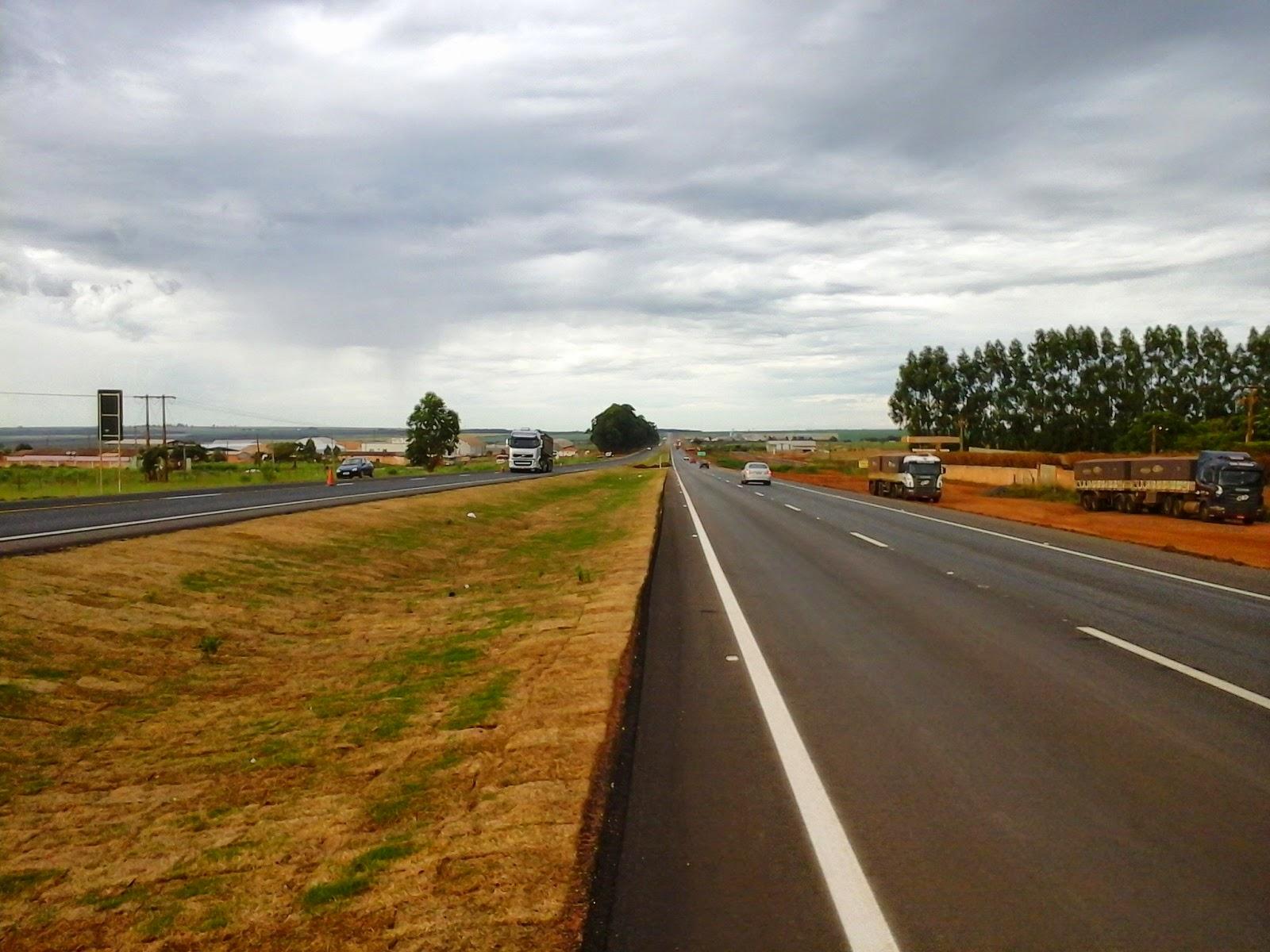 Novas pistas da BR 050 são liberadas para tráfego