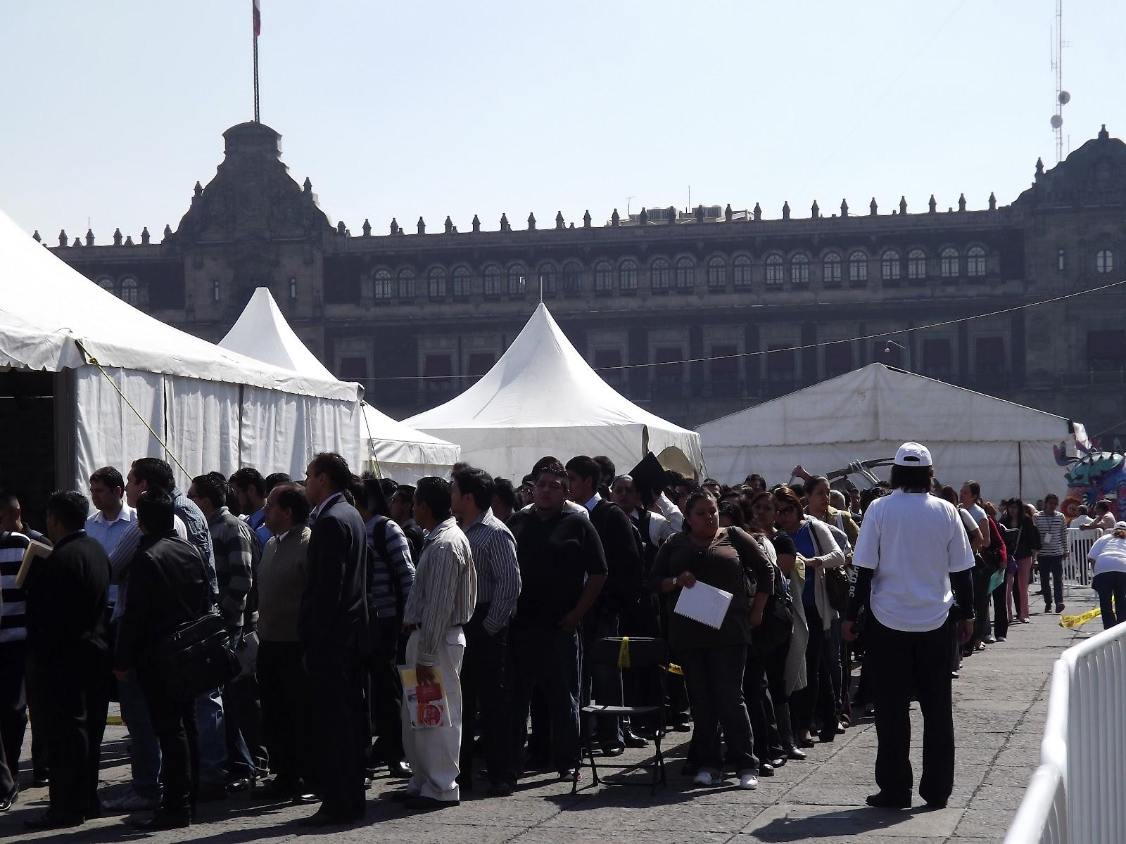Xxvi feria del empleo en el palacio de los deportes for Puerta 7 palacio delos deportes