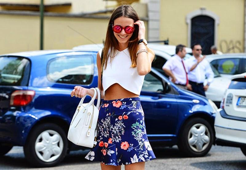 roupas da moda, saia curta floral e top, moda outono branco, moda feminina