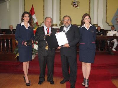 Municipio de Chiclayo distinguió al arqueólogo Walter Alva