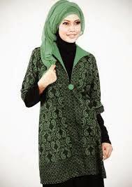 Baju batik muslimah desain sederhana terbaru