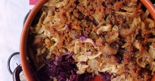 grain de sel salzkorn maronen sp tzle mit rotkohl aus. Black Bedroom Furniture Sets. Home Design Ideas