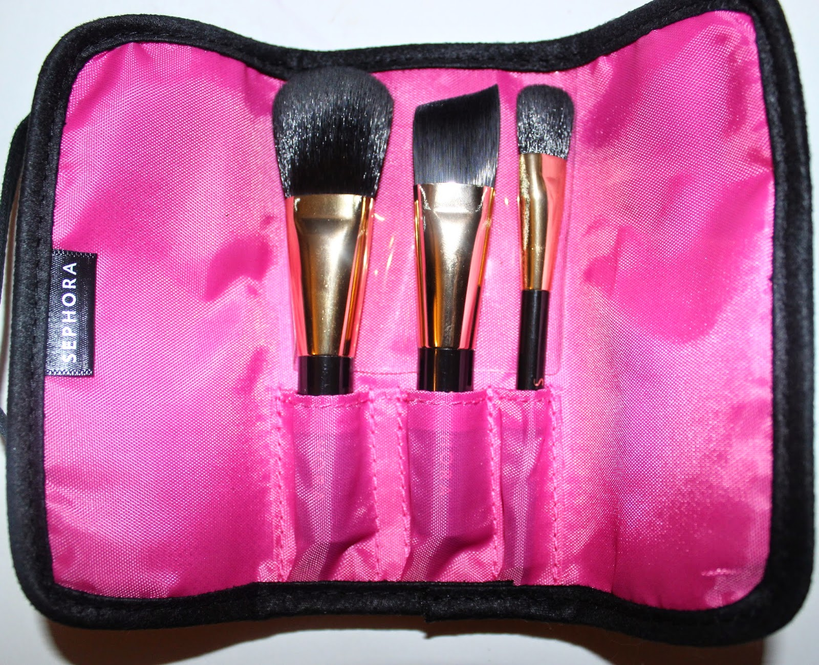 Sephora's Touch and Gold Travel Brush Set