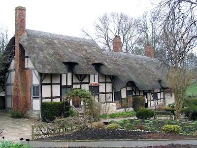 anne-hathaway-cottage