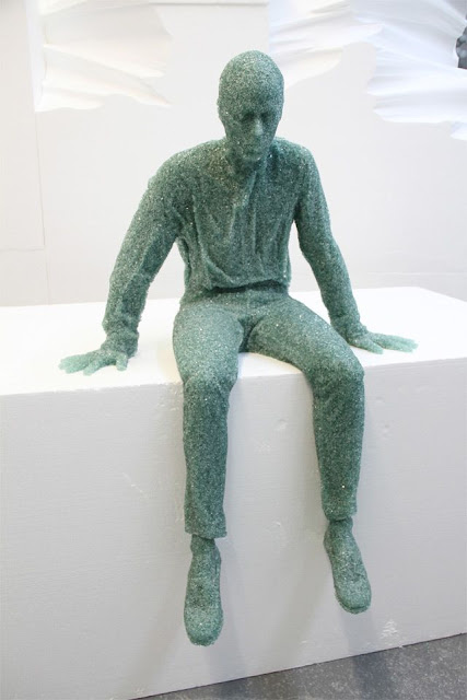 Shattered Glass, Sculptures, Daniel Arsham, creative, cool, awesome, sculpture, made from glass, shattered
