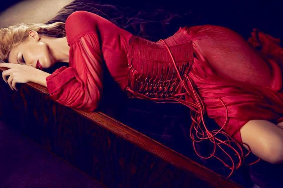Kylie photos > candids, shoots, eventos... - Página 21 10703917_531092413691301_5791108542341893835_n