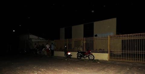 Falta de energia elétrica prejudica atendimento no IML de Parnaíba