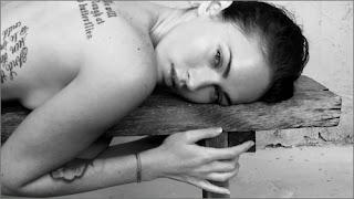 Megan Fox, Megan Fox's Armani Underwear