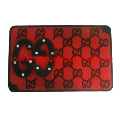 Dash Mat Gucci Berlian Merah - Hitam Japan