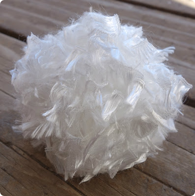 Peter Cottontail's Tail {DIY Pom Poms} @ Blissful Roots