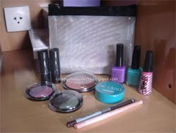 Sorteio de uma necessarie cheia de produtos!!! Aqui no blog Coisas Pra Mulheres CONFIRA