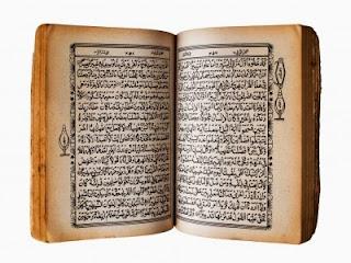 Aqui tem uma imagem do Alcorão