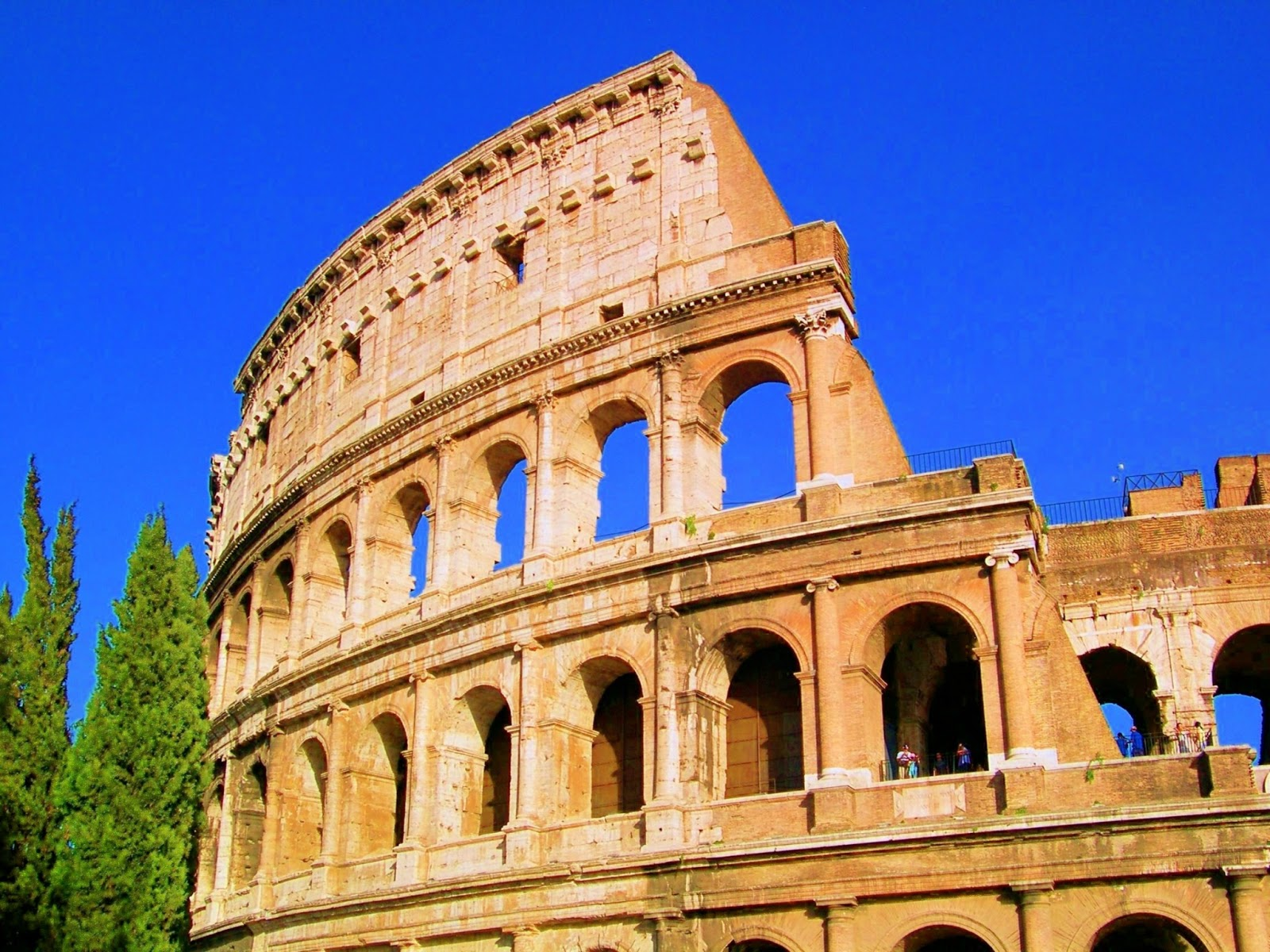 The colosseum roman historical spot to visit world for Rome in rome