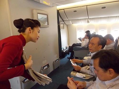 Nghề tiếp viên hàng không Không sung sướng như mọi người thường nghĩ