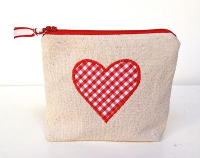 diy zipper pouch goody bag