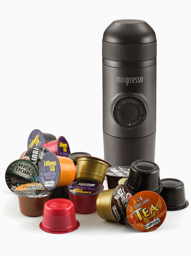 06-Hugo-Cailleton-Wacaco-Minipresso-the-Portable-Espresso-Machine-www-designstack-co