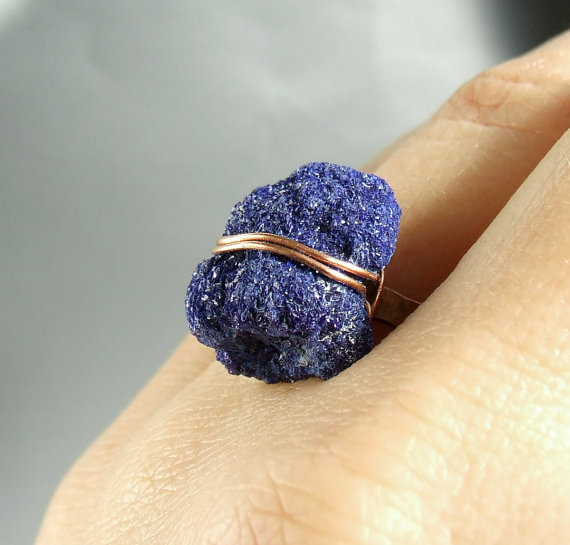 Rough azurite ring, druzy blue ring, hammered copper gemstone jewelry, minimal jewelry