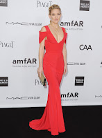 Kate Hudson looks red hot in a Prabal Gurung Resort 2013 gown
