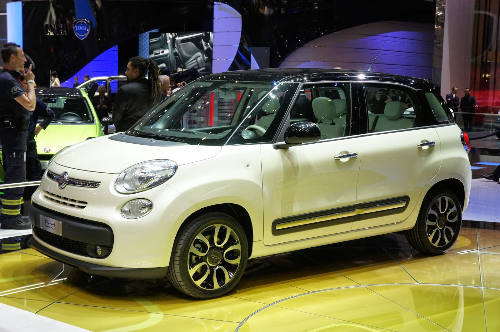 Fiat 500L in production from 2012
