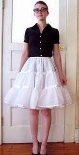 Vestidos cortos con cancan