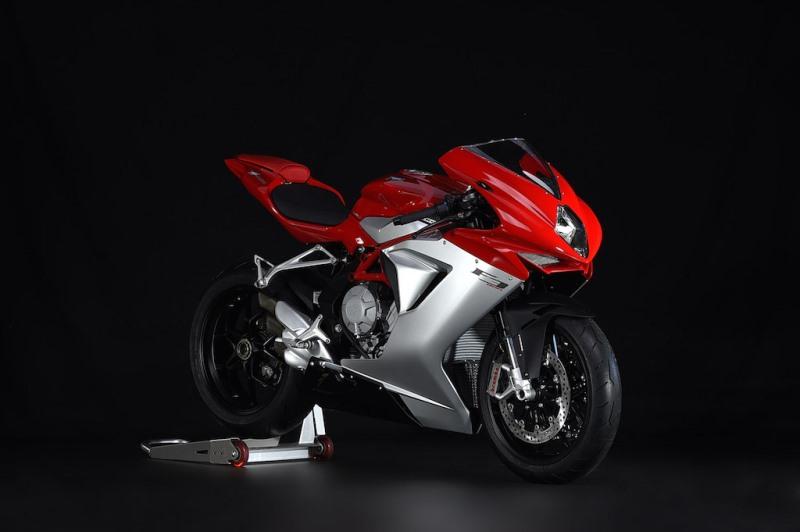 Akhirnya . . MV Agusta F3 800 ABS dijual di India untuk menyaingi Ducati 899 Panigale