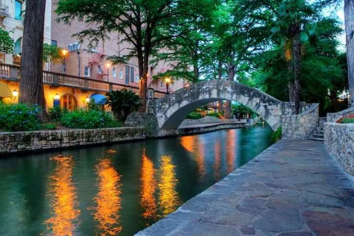 San antonio river walk best honeymoon destinations in usa for Best places for honeymoon in usa