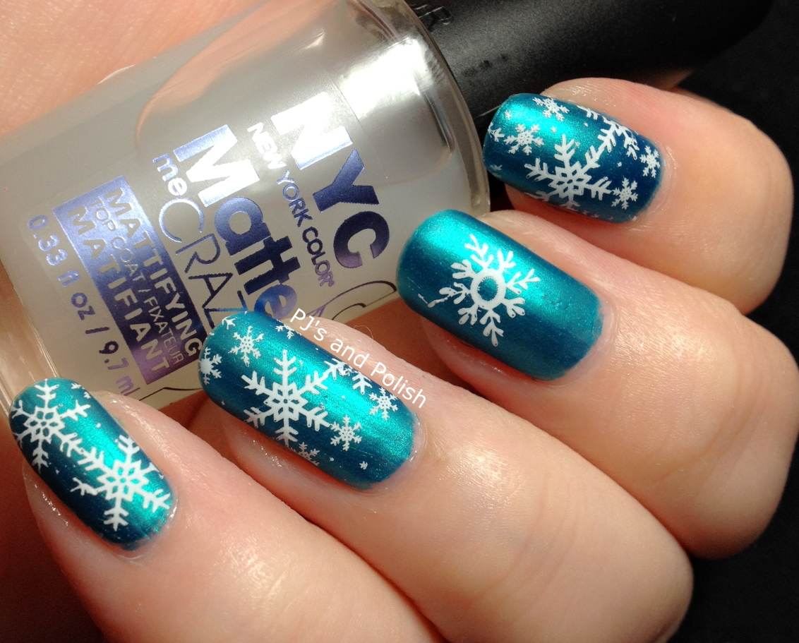 PJ\'s and Polish: HPB Presents Winter Nail Art