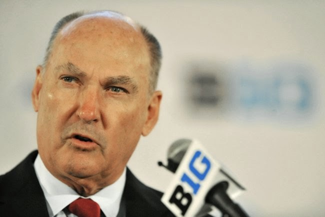 Jim Delany tries to stay upbeat despite awful Week 2 for Big Ten.