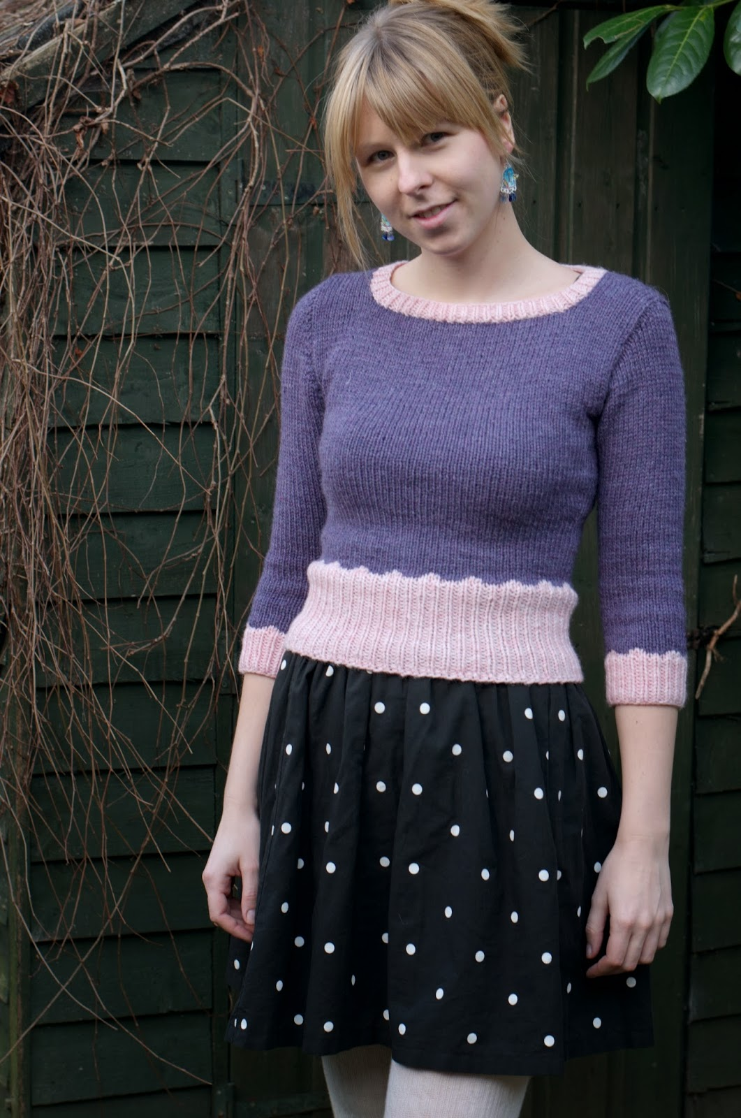Ela Sews And Doesn\'t Sleep: Knitting: A Cropped Sweater for Winter