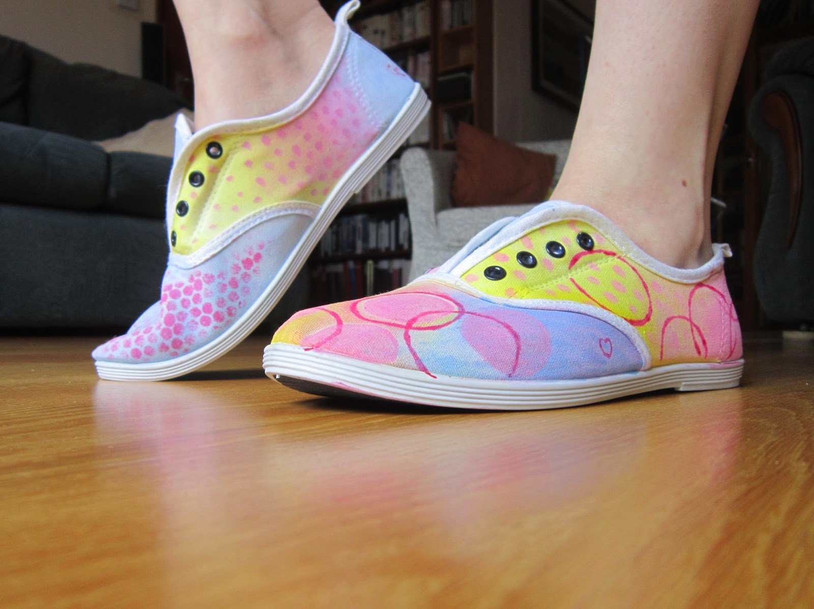 How to Paint Fabric Shoes recommendations