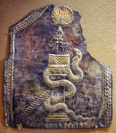 Βυζαντινό τάμα αφιερωμένο στον Άγιο Συμεών τον στυλίτηΤο Μουσείο του Λούβρου αγόρασε αυτό το τάμα που είναι από έκτυπο και μερικώς επιχρυσωμένο ασήμι το 1952. Το τάμα, που χρονολογείται από τα τέλη του 6ου αιώνα, ήταν αφιερωμένο στον Άγιο Συμεών τον στυλίτη και αποτελούσε μέρος του θησαυρού της εκκλησίας Ma'arrat an Numan στη ομώνυμη πόλη στη Συρία.  Το τάμα αποδίδεται στον άγιο Συμεών τον στυλίτη λόγω της ελληνικής επιγραφής που βρίσκεται κατά μήκος του κάτω μέρους του.