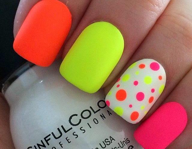 Siempre a la moda: Estilos uñas