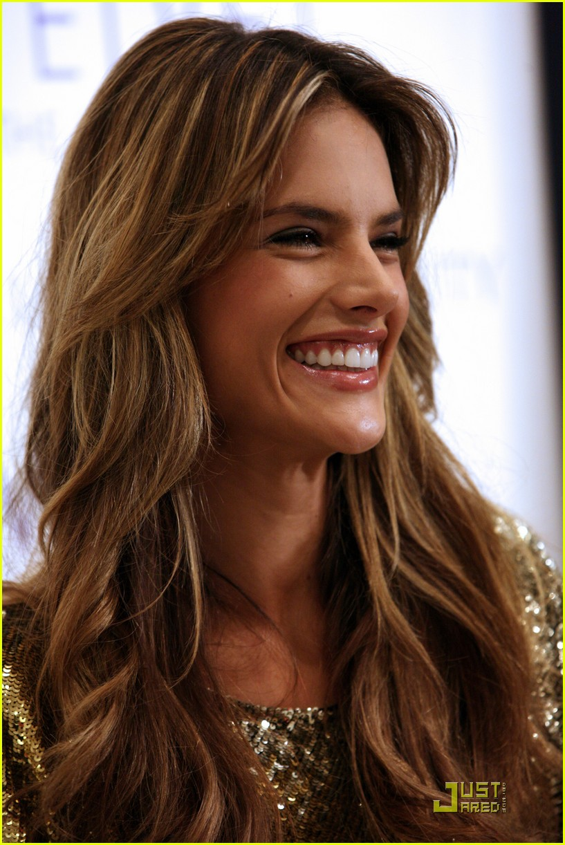 Hollywood all stars alessandra ambrosio short profile bio and