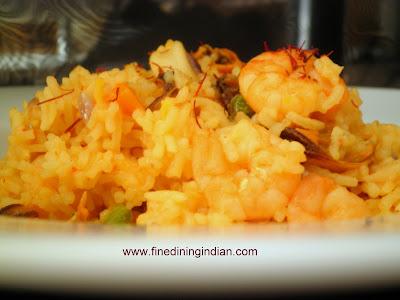 SEAFOOD SPANISH PAELLA IMAGE FROM FINEDININGINDIAN.COM
