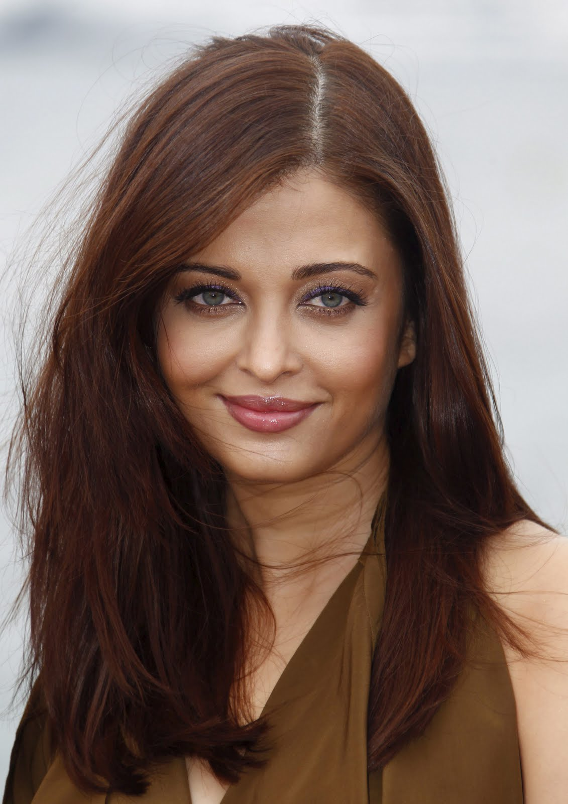 Bollywood actress aishwarya rai bachchan heroine movie - Aishwarya rai coup de foudre a bollywood ...
