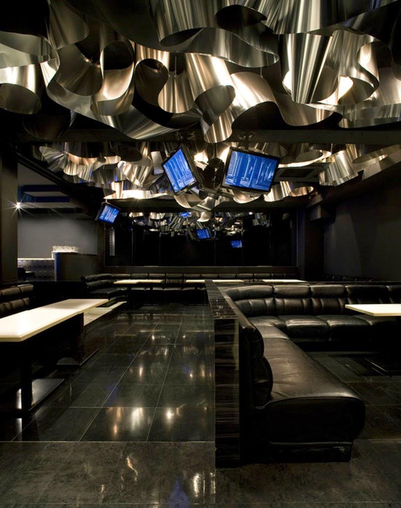 mejores diseños de interiores de bares y restaurantes del mundo, Aluminium Flower Garden