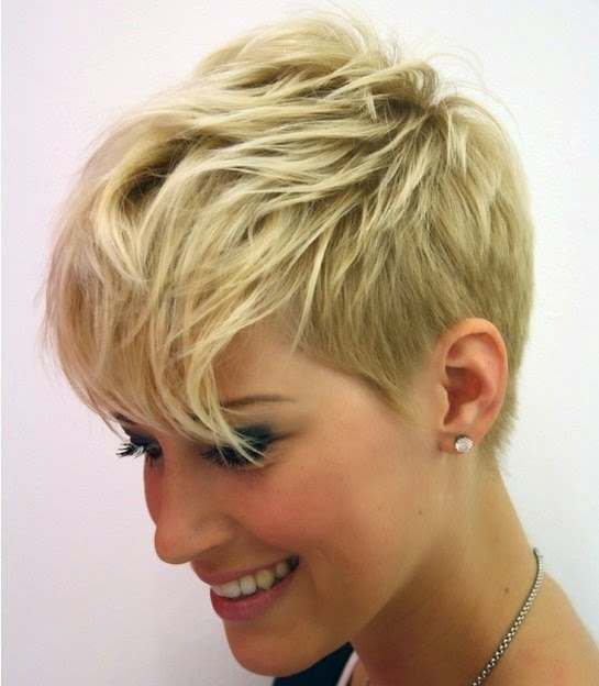 Short layered pixie cut hairstyle for thin Hair