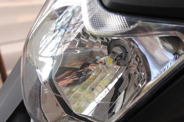 NC700XヘッドライトLED H4バルブ