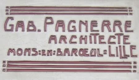 La deuxième plaque de l'architecte