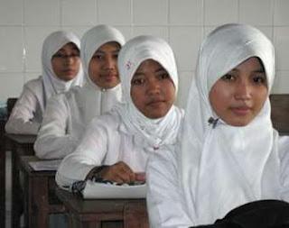 Kisi Kisi Soal Aqidah Akhlak Uambn Mi Mts Dan Ma Tahun Pelajaran 2012 2013