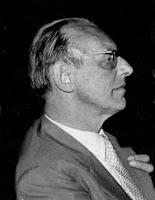 Imagen de perfil del compositor  Carl Orff