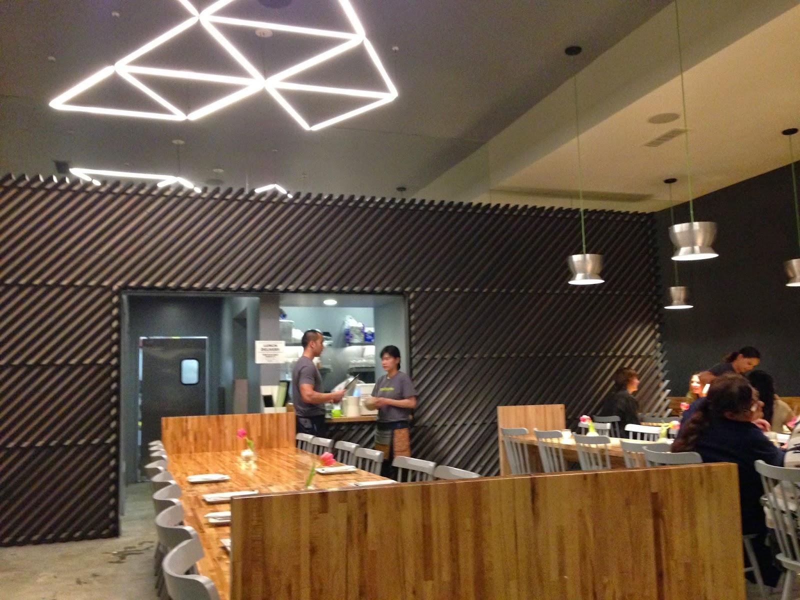 CAFE LA LA Manaow in Long Beach
