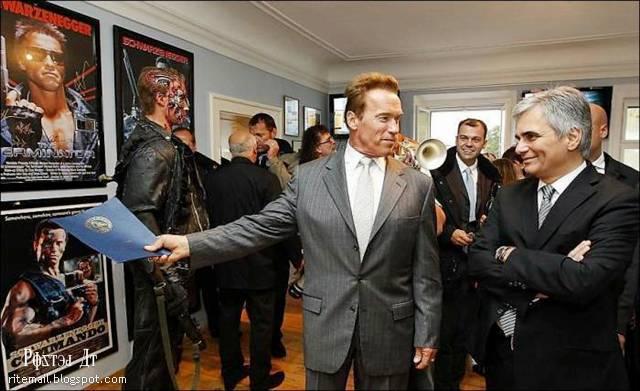 http://3.bp.blogspot.com/-lfdL4VQxIgk/TpVcq-CtJqI/AAAAAAAAjgI/bARVwN4h4II/s1600/Schwarzenegger-Museum-006.jpg