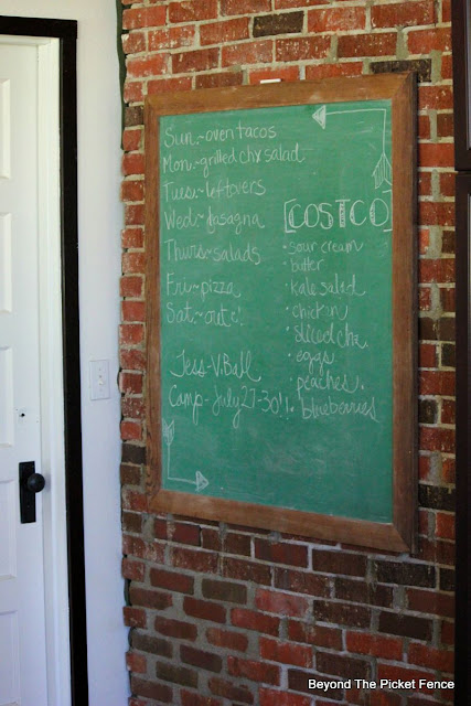 Old Chalkboard, brick, schoolhouse, vintage, http://bec4-beyondthepicketfence.blogspot.com/2015/07/old-chalkboard-exposed-brick-oh-my.html