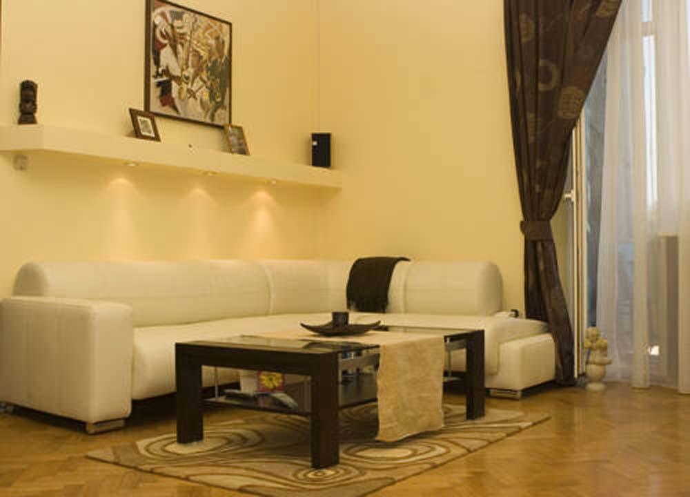 15 Unusual And Creative Living Room Design Ideas Photo 10 - funjooke.