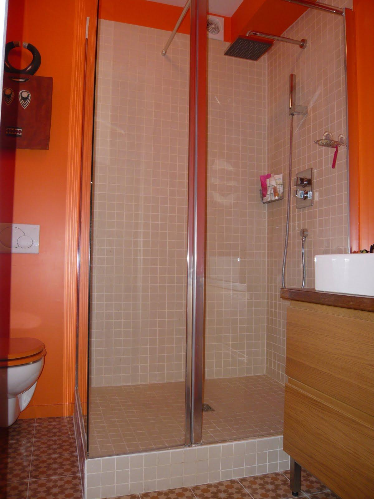 Bo travo concept salle de bain flashy chambre aux for Concept salle de bain