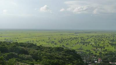 phnom-sampeau-battambang