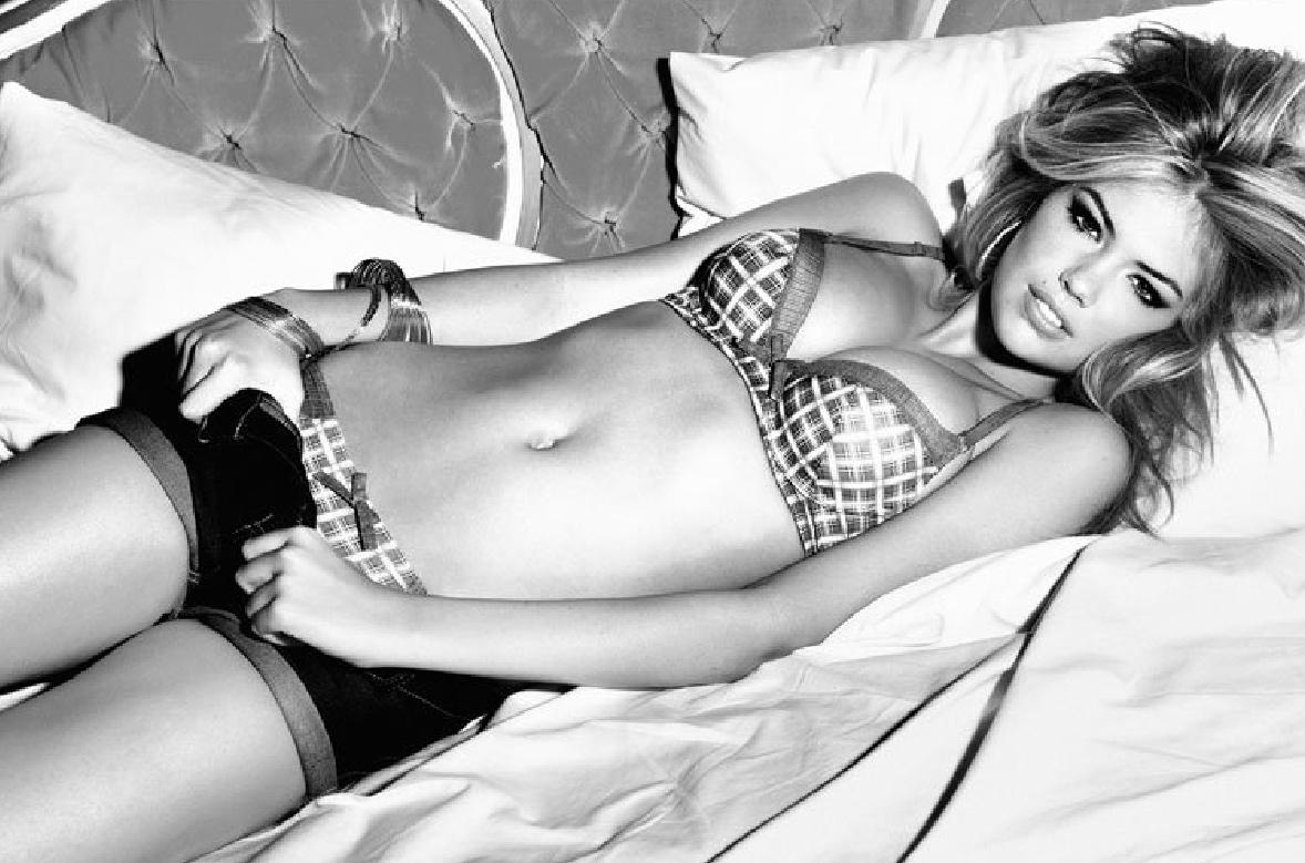 http://3.bp.blogspot.com/-lgOqI76Vwv0/TqXXNJ88uKI/AAAAAAAAGfU/iYiDGJMRuSg/s1600/Kate_Upton_Hot_Bikini.jpg