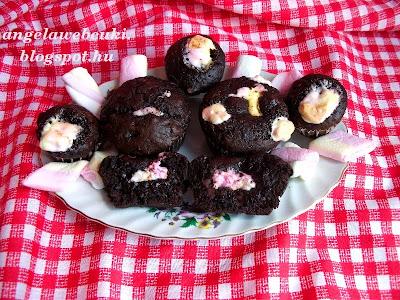 Pille muffin, csokoládé tésztás sütemény, pillecukorral megbolondítva.