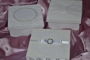 Especialidade em caixinhas e lembrancinhas para casamentos